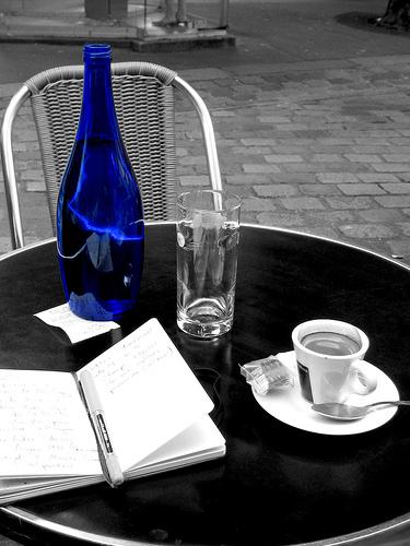 Café Tisch Artikel schreiben und Inhalte auf Suchmaschinen optimieren